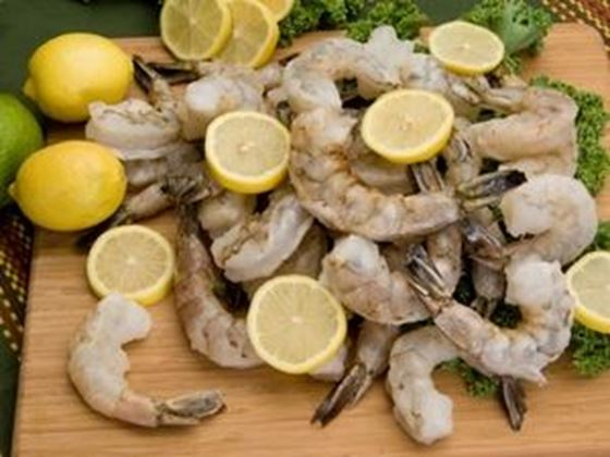 Picture of Wild-Caught Raw Shrimp - 2 lbs. (32-40 count)