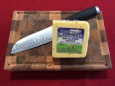 Picture of Raw Grass-Fed Jalapeno Cheese - 10.5 oz.